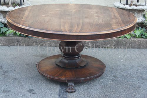 19th Century Victorian Rosewood Circular Breakfast Table circa 1840