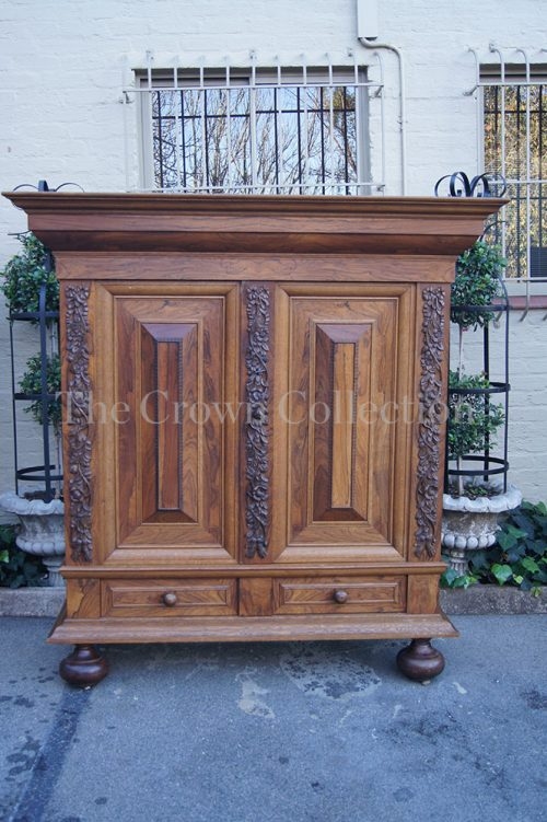 Early 20th Century Oak & Rosewood Colonial Kussingkas