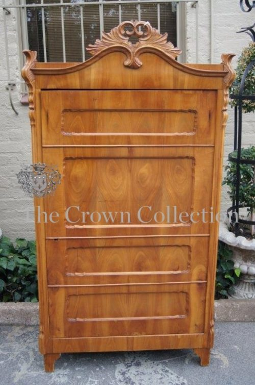 Early 19th Century German Satinwood Biedermeier Cabinet