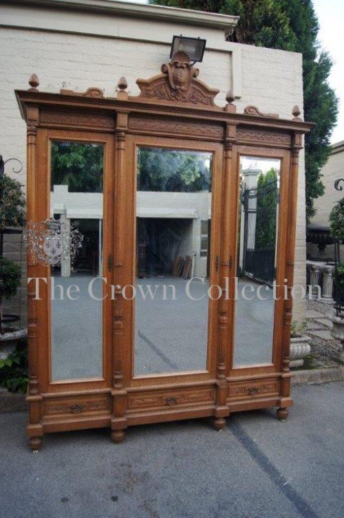 19th Century Oak 3 Door Armoire