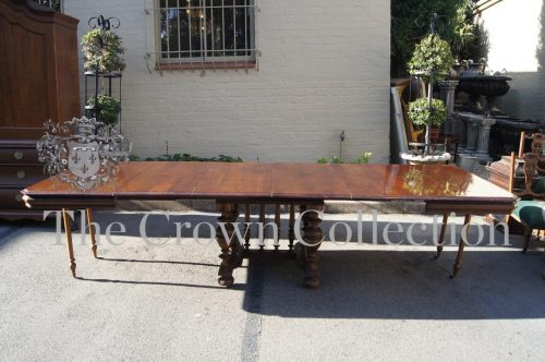 French Walnut Ext Table circa 1880
