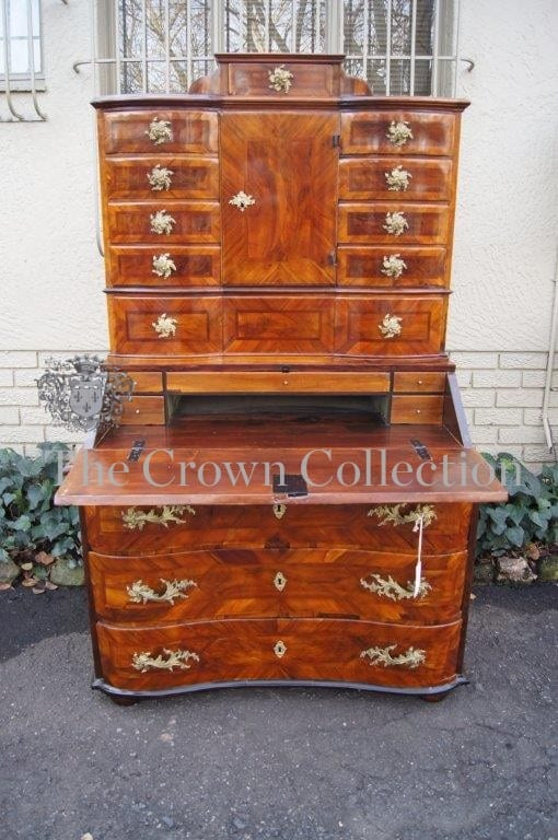 18th Century Lombardy Burr Walnut Secretaire Cabinet