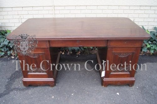 Early 20th Century Continental Oak Pedestal Desk