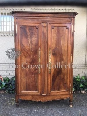 19th Century French Walnut Armoire with Brass Hinges on Snails Feet