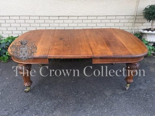 A Fine Victorian Oak Extension Dining Table