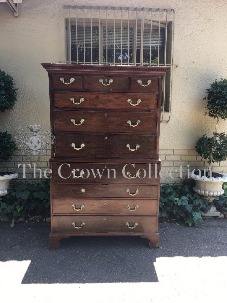 George III Mahogany Chest on Chest / Bureau