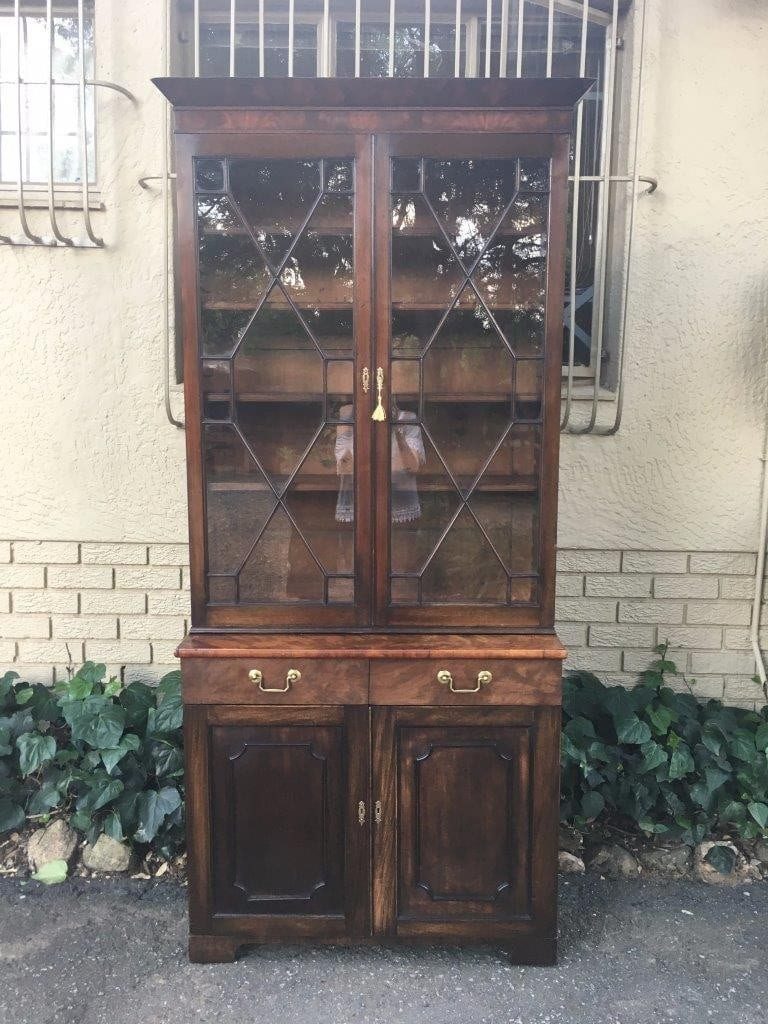 Late 19th Century Flamed Mahogany Bookcase Cabinet with Astral Glazed Top Doors