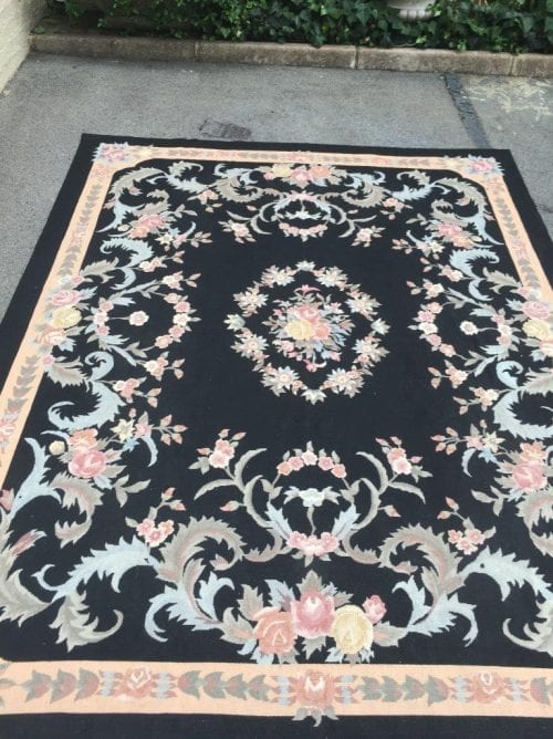 Large Carpet/Tapestry Italian with Flower Design