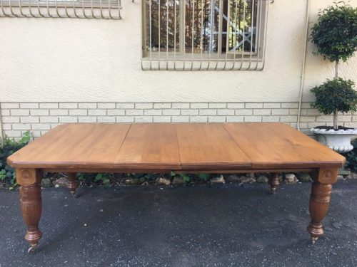 Edwardian Walnut Extension Dining Table with 2 extensions & Crank Handle