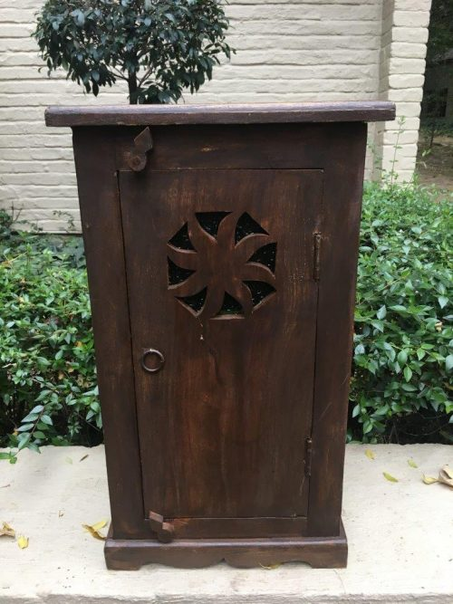 Wooden Pedestal / Box - ND