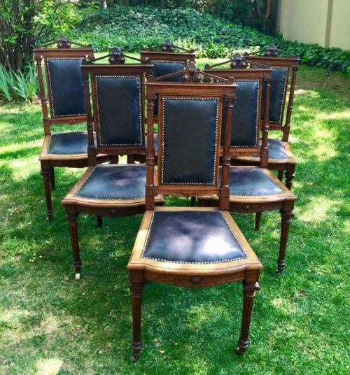 Set of 6 Antique Italian Carved Mahogany Dining Chairs Upholstered in Leather