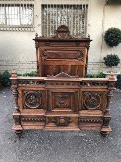 Carved Walnut Manor House Chateau double bed. Circa 1860.
