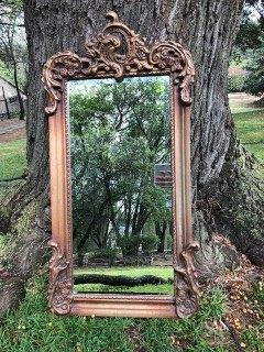 Gilded mirror with Crown