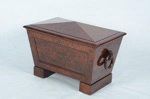 Regency mahogany cellaret with fitted liner