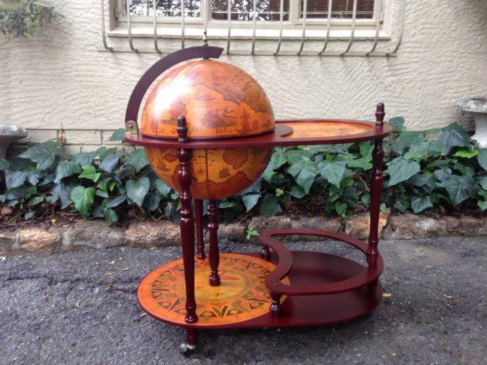World globe bar large
