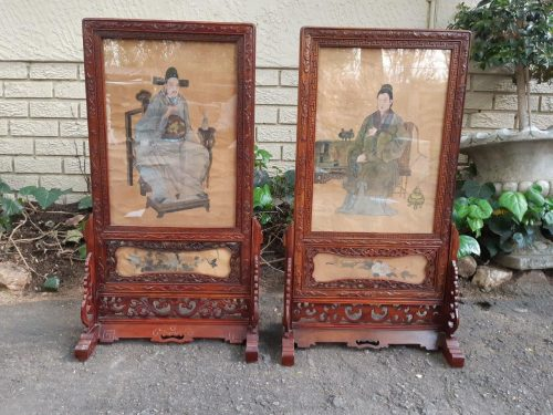 Two Chinese portraits on silk