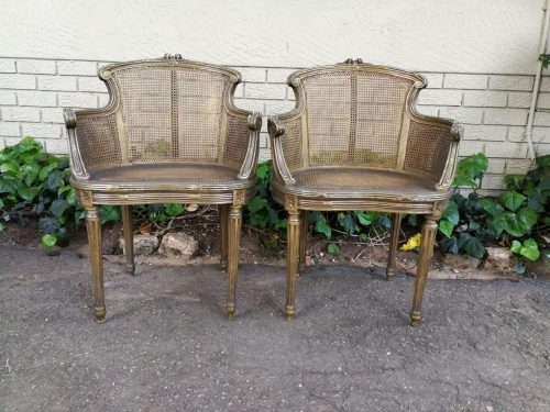 A Pair Of Gilded Louis XVI-Style Armchairs With Cushions - ND