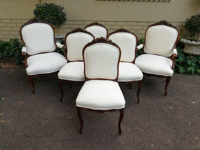 18th Century Set Of Louis Philippe Walnut Dining Chairs