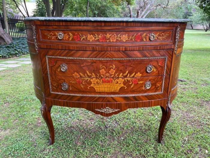 French Louis Xv Styled Inlaid Commode