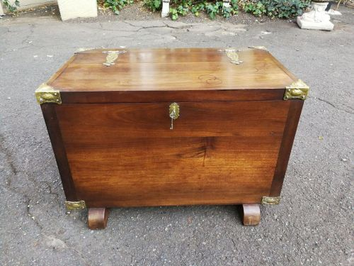 20th Century Cape Stinkwood chest ND