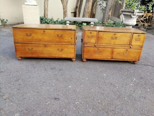 A 19th Century Pair Of Mahogany Military Chest Bedside Tables/Side Tables/Coffee Tables