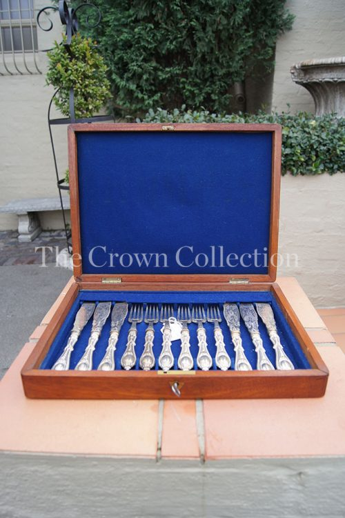 6 Place Boxed Fish Set