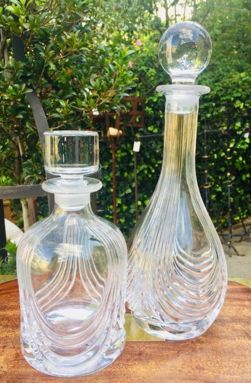 Set of two clear glass decanters