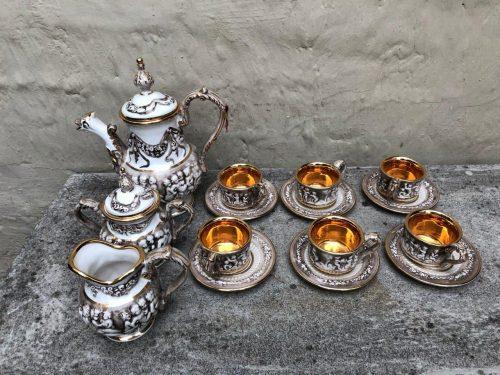 CapoDiMonte tea service Italy circa late 1900