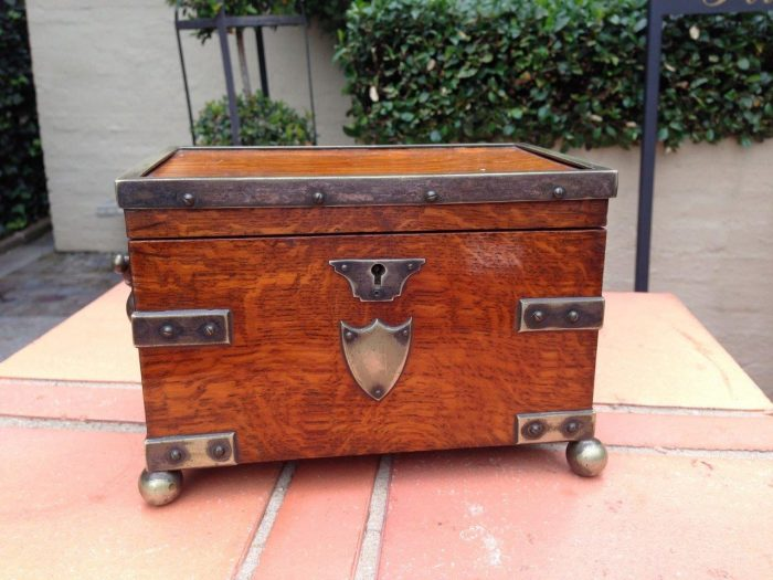 Brass-mounted Oak Tea Caddy with carrying handles