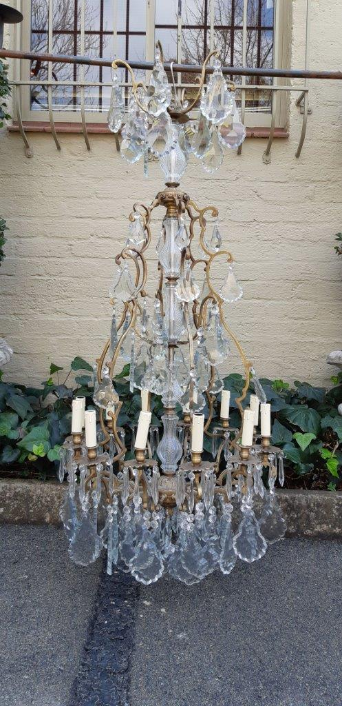 A 12-Arm Medium size Chandelier