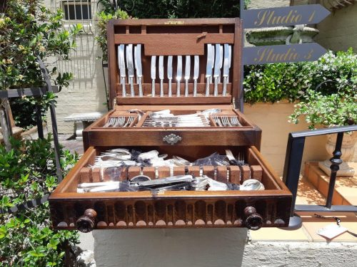 An 18 Place Silverplate Cutlery Set In Canteen