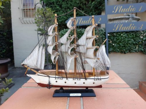 A Hand Crafted Sailing Ship: The Confection - Nd
