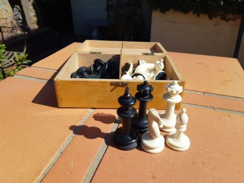Carved Bone Chess Set 32 Pieces in Wooden Box. Circa 1930