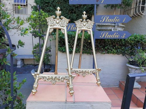 A Pair Of Brass Easels -  Nd