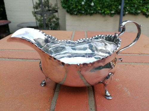 A George Iii Silver Sauce Boat London 1772 100g