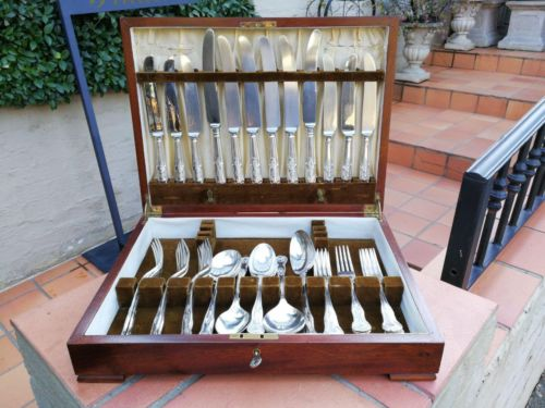 A Six Place Silverplate Kings Pattern Cutlery Set (6 Place) In Canteen