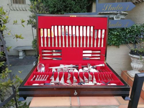 King's Pattern Twelve Place Sheffield A1 Silver Plate Cutlery Set In Canteen