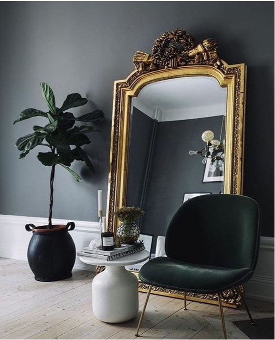 Vintage and antique mirrors