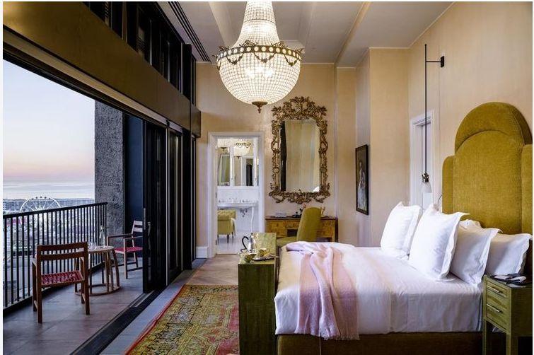 Antique or vintage furniture for main bedrooms