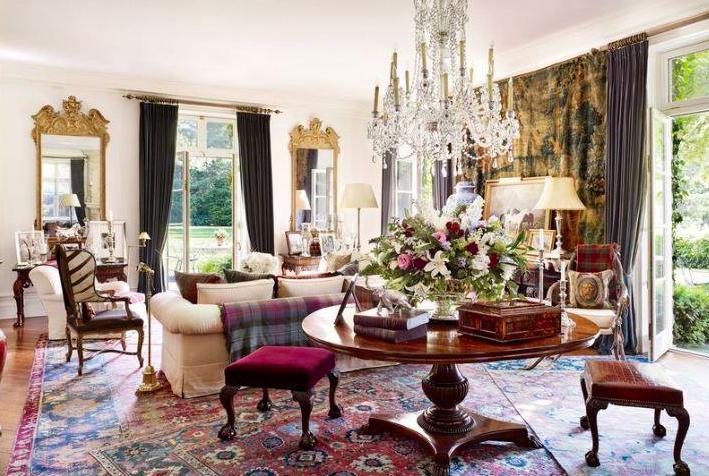 Queen Anne & Victorian Antique Furniture Styles