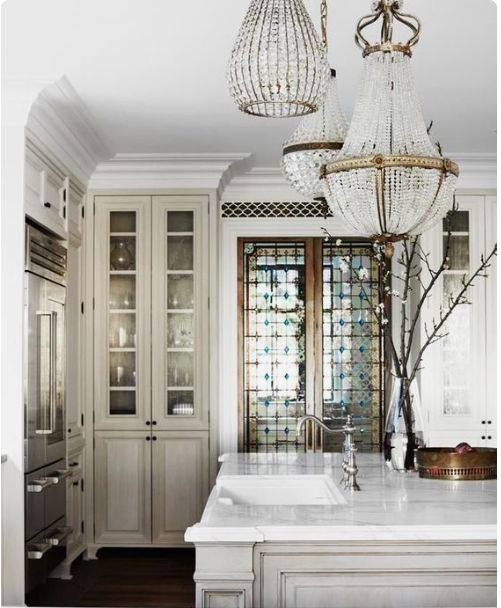 VIntage and Antique Chandeliers
